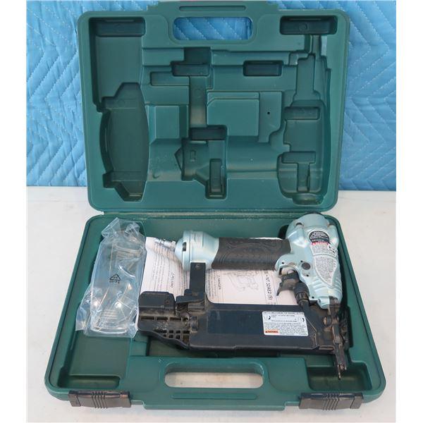 """Hitachi Metabo HPT NT50AE2(S) Brad Nailer 2"""" in Hard Case  (Returned Item)"""