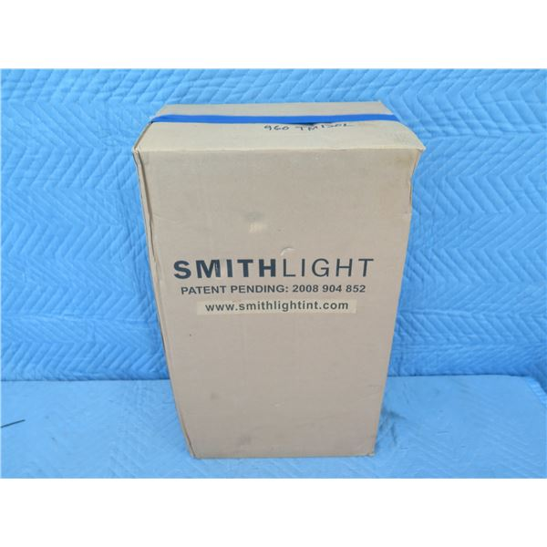 Smithlight TM120L ProBuilt One-Sided Battery Operated Work Light , New in Box
