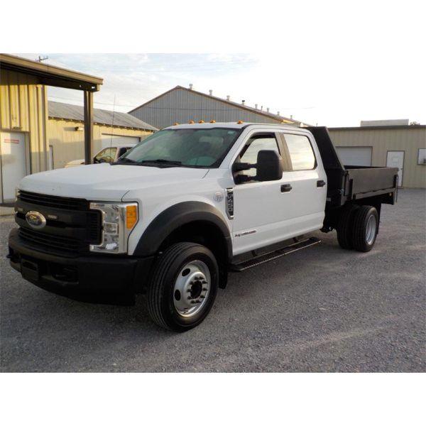 2017 FORD F450 XL Flatbed Truck