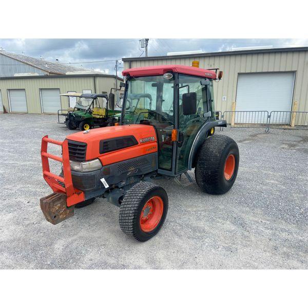 2004 KUBOTA L4300 Farm Tractor