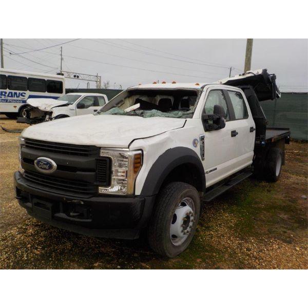 2019 FORD F550 XL Flatbed Truck