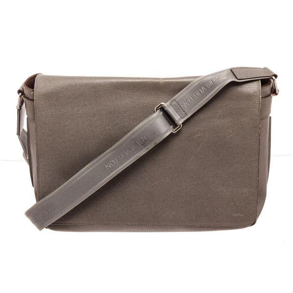 Louis Vuitton Brown Roman GM Messenger Bag