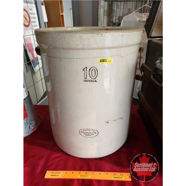 """Imperial Medalta Crock 10 gallon (19""""H x 15-1/2"""" Dia) (Note: One Handle off)"""