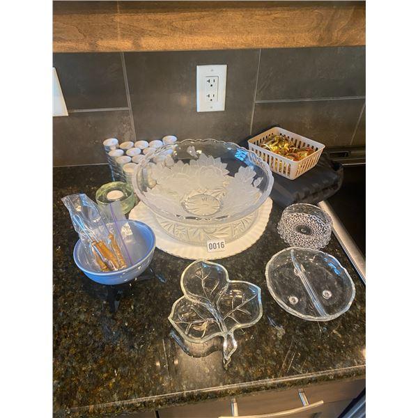 Mini Fondu Set with Tea Lights, Napkin Holders and Serving Dishes