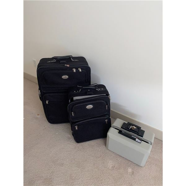 Suitcase Set of 2 with Safe Lockbox
