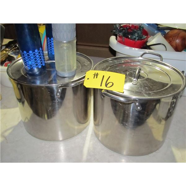 2 STAINLESS STEEL COOKING POTS & WATER BOTTLES