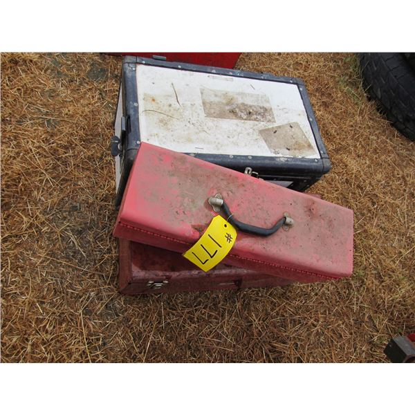 INSULATED BOX WITH TOOLS, 2 RED TOOLBOXES