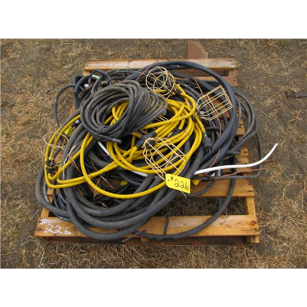 QUANTITY OF ELECTRIC CORDS