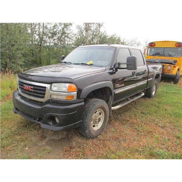 2004 GMC 2500 EXT CAB DURAMAX