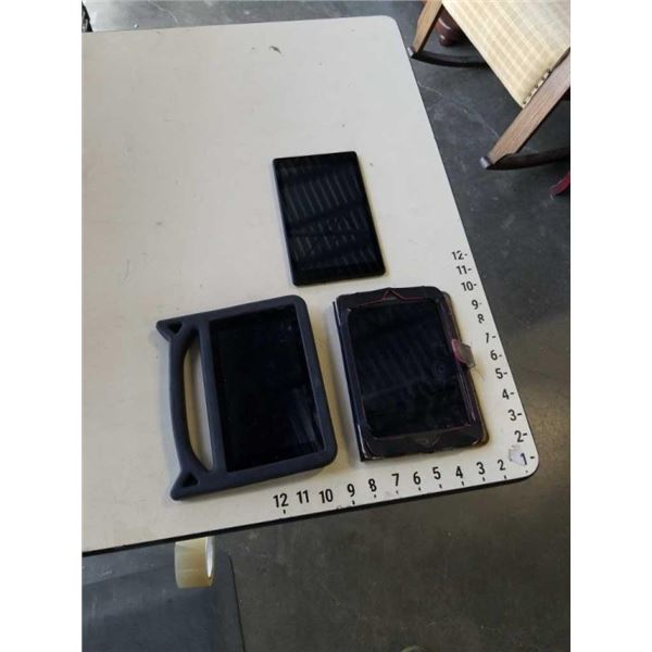 SAMSUNG TABLET AND 2 AMAZONE TABLETS - FOR PARTS