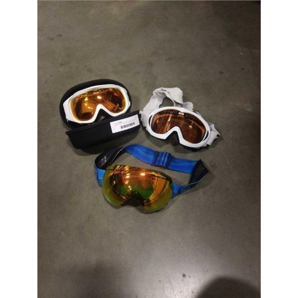 3 PAIRS OF SKI/SNOW BOARD GOGGLES