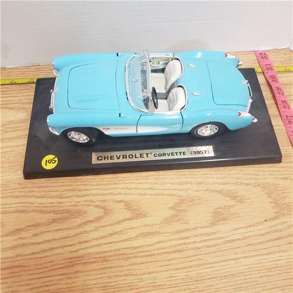 1/18 scale die cast 1957 Corvette