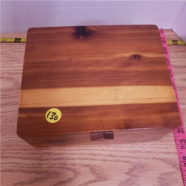 "Wood Keepsake box 6"" X 6"""