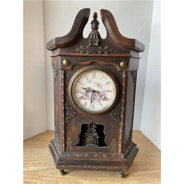 Working Pendulum Clock