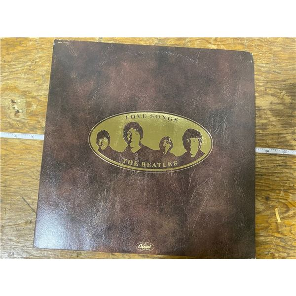 The Beatles love songs DBL, LP1977 with lyrics booklet