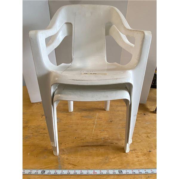 2 White Kid's Patio Chairs