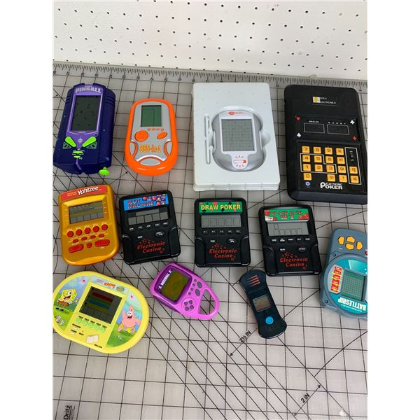 LOT OF HANDHELD ELECTRONIC GAMES UNTESTED