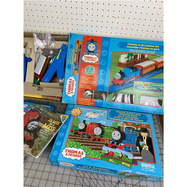 THOMAS THE TRAIN AND FRIENDS TRACK GAME ANS BOOKS