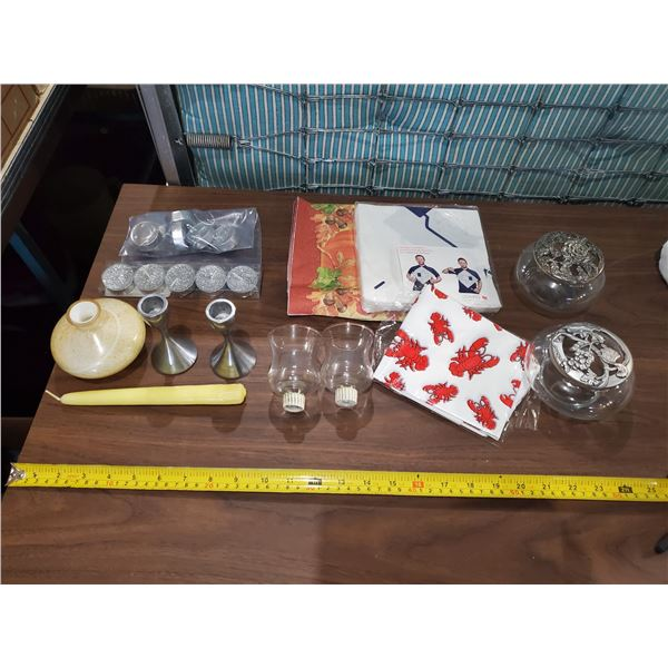 LOT OF HOUSEHOLD -CANDLES, NAPKINS, POTPOURRI HOLDERS, ETC