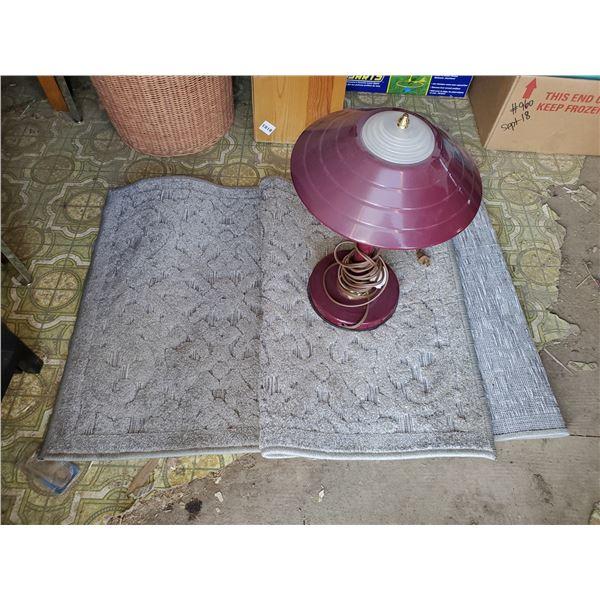 CARPET & LAMP