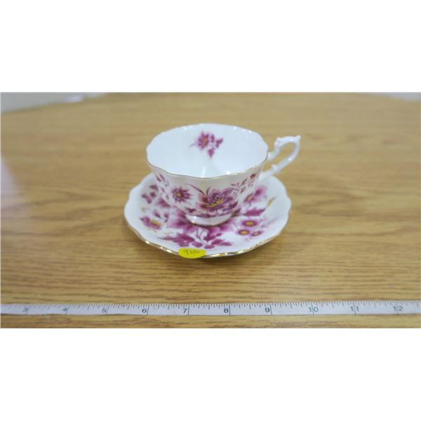 Beautiful Royal Albert Tea Cup