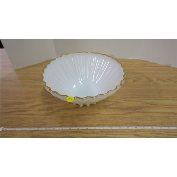 Beautiful Milkglass and Gold Trim Scalloped Fruit Bowl