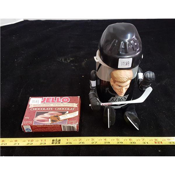 Wayne Gretzky Jello pudding hockey card, unopened & thermal mug