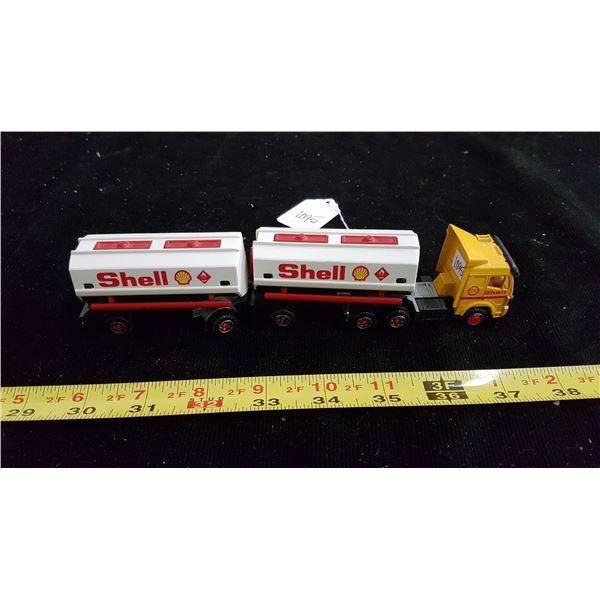 Shell die cast 3 piece tanker truck