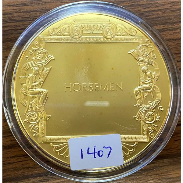 Horsemen. From the Ancient Greece medals series. A beautiful gold-plated bronze medal measuring 50mm