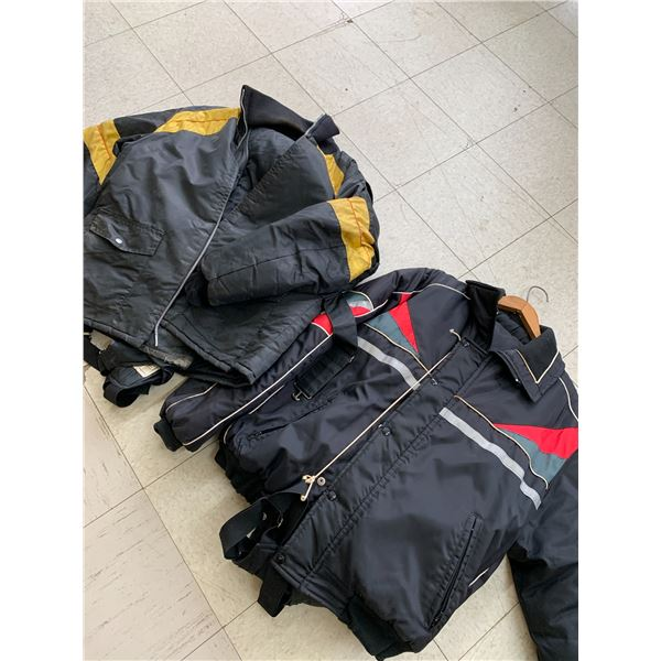 SNOWMOBILE JACKETS AND PANTS XL? No size tag