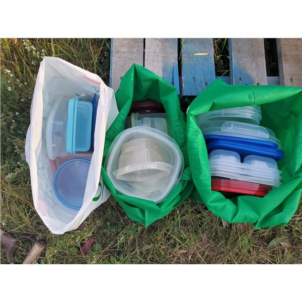 3 bags of plastic food storage containers