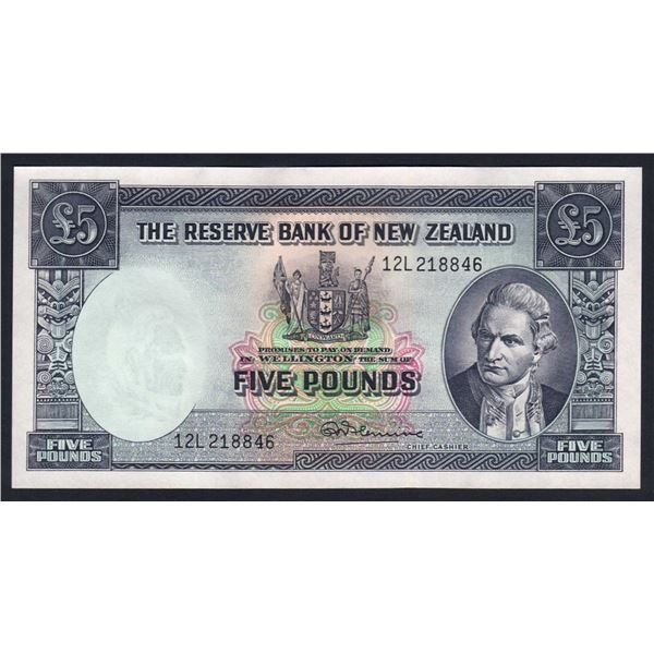 """NEW ZEALAND 5 Pounds. 1960. Sig Fleming. With Thread. SCARCE LAST PREFIX """"12L"""""""