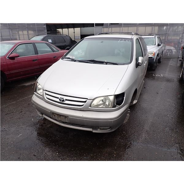 2001 Toyota Sienna