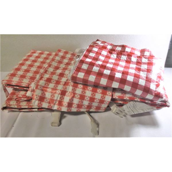 Picnic Table Set - Table Cloth and Bench Pads