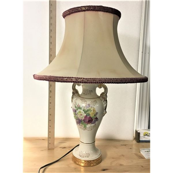Vintage Lamp - Tested and Works
