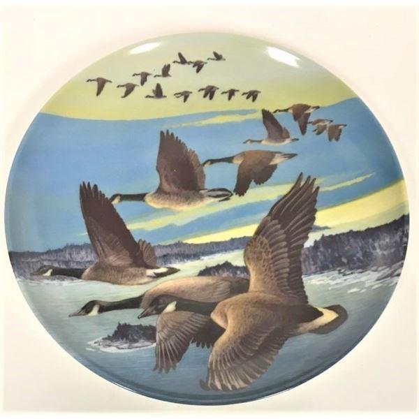 "Decorative Plate 8"" - ""Southward Bound"" By Donald Pentz, Plate 2479A"