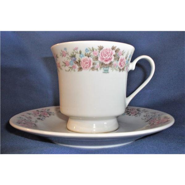 Set of SIX Tea Cups and Saucers