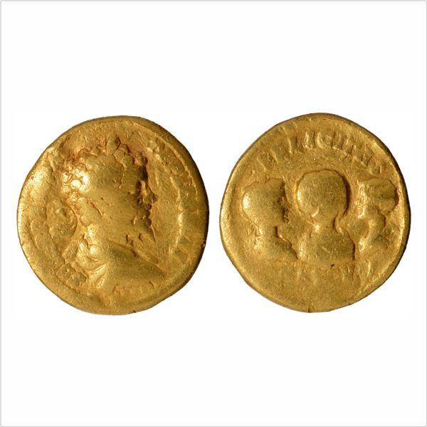 Roman Empire,Septimius Severuswith Julia Domna, Caracalla and Geta as Caesar,Gold Aureus,6.96g