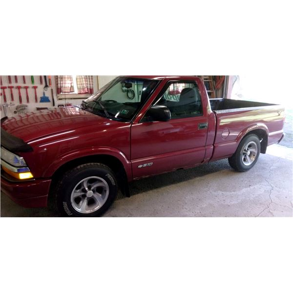 Nice 1999 Chevy S-10, Approx. 175,000 miles