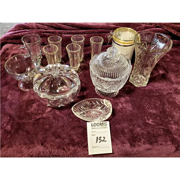 12 PC HIGH END ASSORTED GLASSWARE
