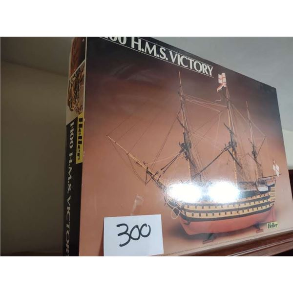 HELLER 1:100 SCALE H.M.S. VICTORY MODEL SHIP, NEW IN BOX