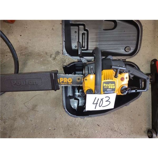 """16"""" POULAN 221 PRO CHAINSAW, 40 CC, W/ CASE, VERY GOOD CONDITION"""