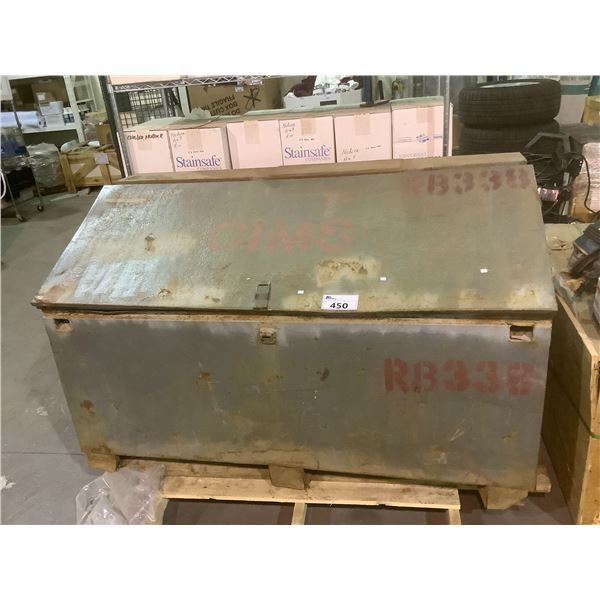 """LARGE METAL JOB BOX (5' X 30.5"""" X 34"""") FULL OF GRINDING DISCS AND GRINDERS"""