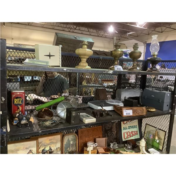 ASSORTED VINTAGE COLLECTABLES, SCALE, PURSE AND MORE