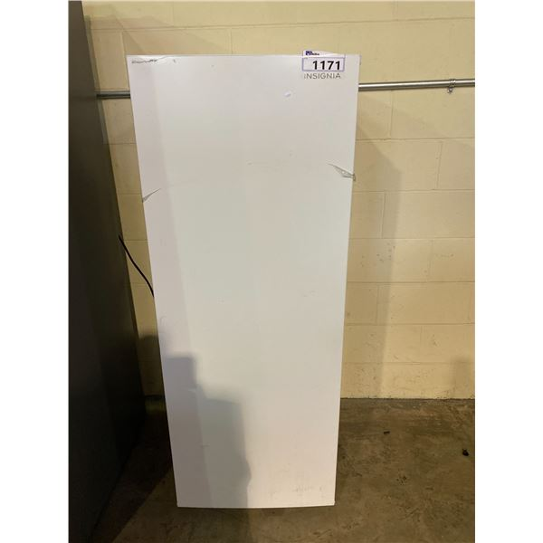 INSIGNIA STAND UP FRIDGE MODEL # UNKNOWN
