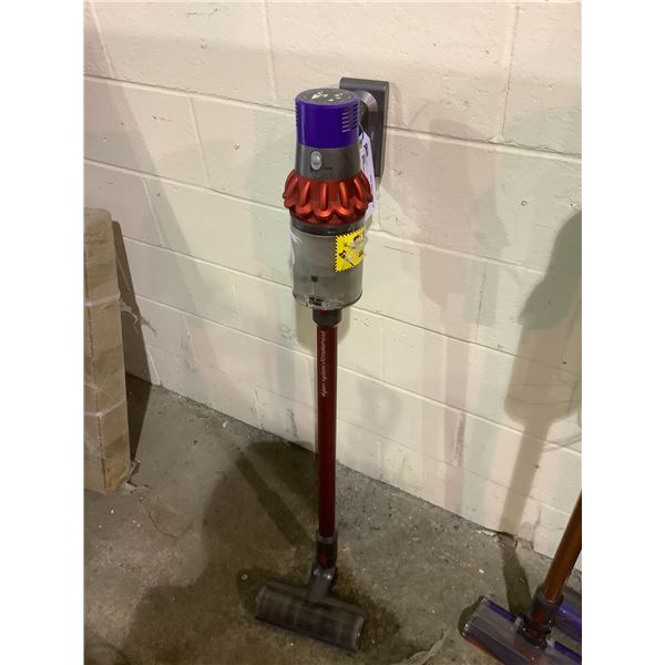 DYSON STICK VAC NO CHARGER MODEL #ZJ2-CA-MHJ1970A (TESTED WORKING)
