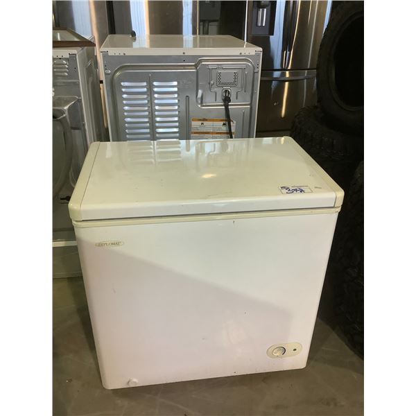 DANBY DIPLOMAT CHEST FREEZER MODEL DCF500W WORKING CONDITION