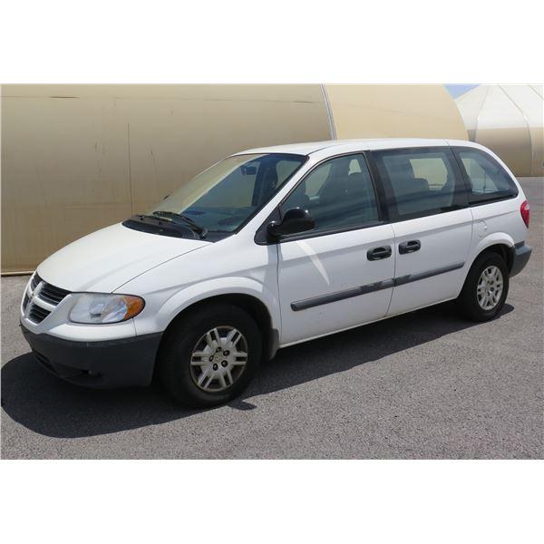 2007 Dodge Caravan Mini Van, 6 Cylinder Automatic 77840 Miles VIN: 1D4GP25E17B167978