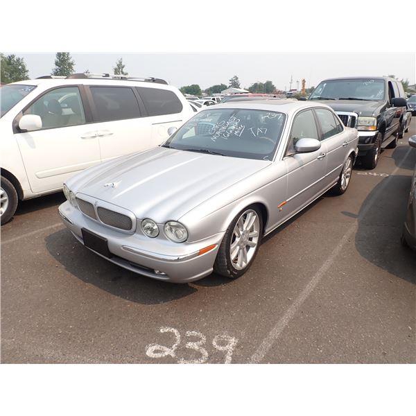2004 Jaguar XJR-S