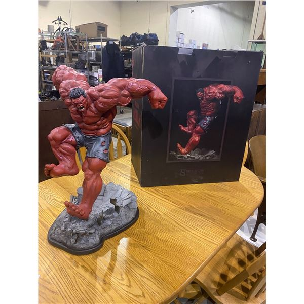 RED HULK COLLECTIBLE FIGURE